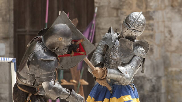 Knight fight during the Foire aux Laines