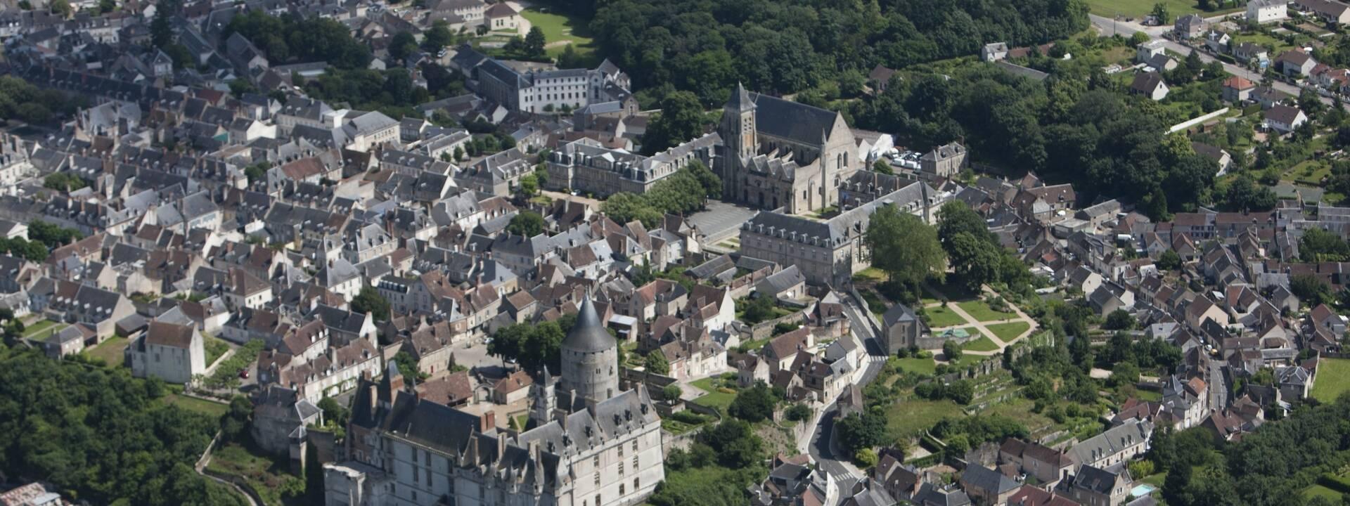 Luchtfoto van Châteaudun