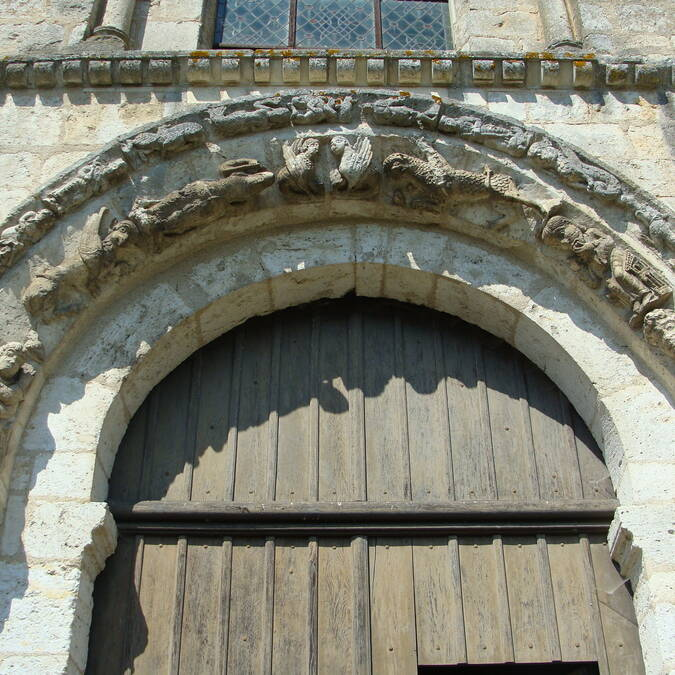Portail sud de l'église de la Madeleine